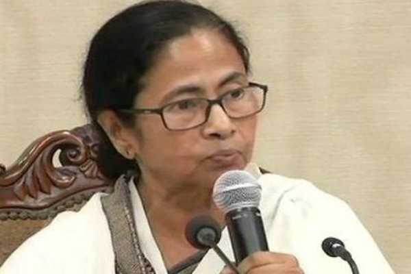 west-bengal-mamata-agrees-to-striking-doctors-demands