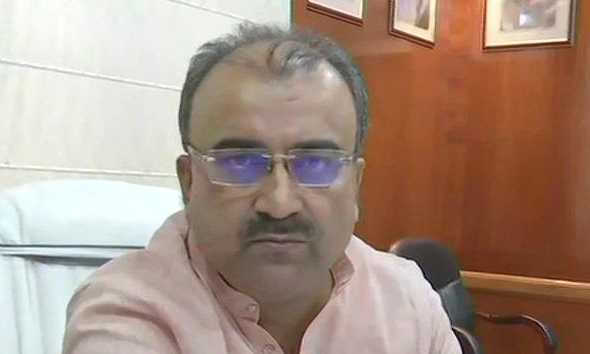bihar-health-minister-mangal-pandey-inquires-about-india-pakistan-score-during-meeting-on-aes-deaths-in-muzaffarpur
