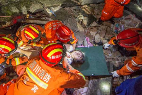 6-0-magnitude-earthquake-hits-china-s-sichuan-province-12-killed-125-injured