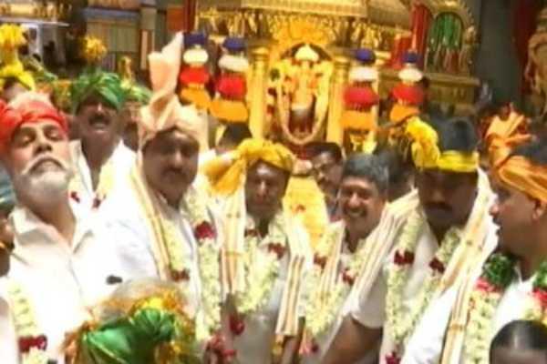 puducherry-cm-narayanasamy-pray-for-rahul-gandhi