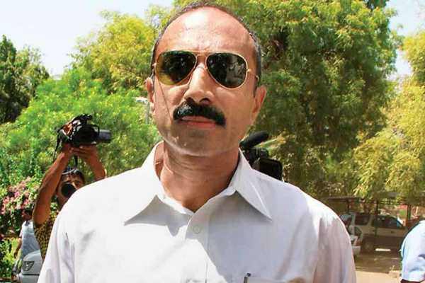 ex-gujarat-top-cop-sanjiv-bhatt-sentenced-to-life-in-custodial-death-case