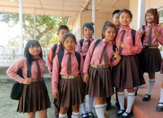 khadi-to-be-used-for-school-uniforms-in-uttar-pradesh-yogi-adityanath