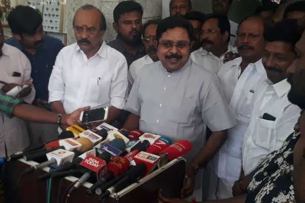 aiadmk-are-cheating-in-the-membership-admission