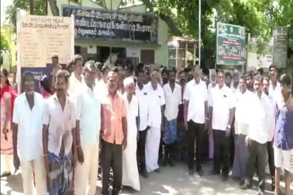 siege-of-panchayat-office-asking-for-water-in-salem