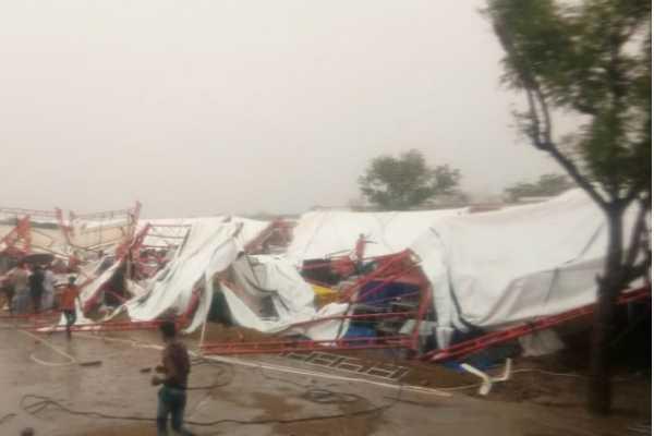 14-killed-as-tent-collapses-prime-minister-narendra-modi-mourns