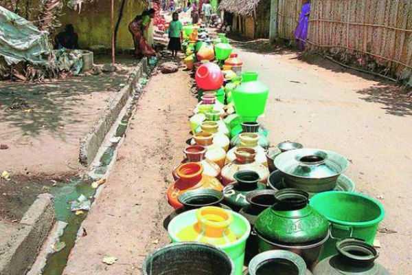 water-issue-dmk-notices-in-lok-sabha