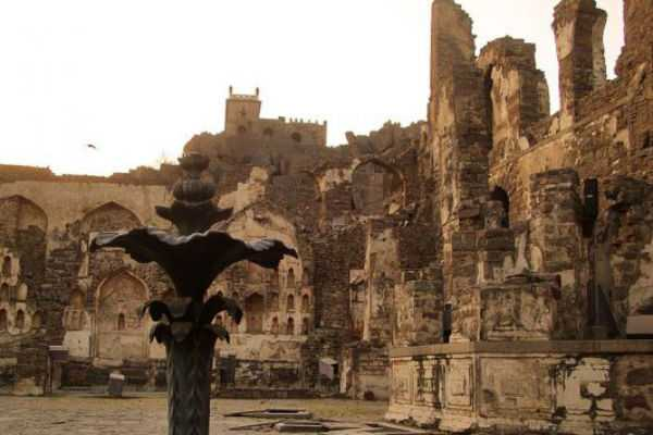 special-article-about-golconda-fort