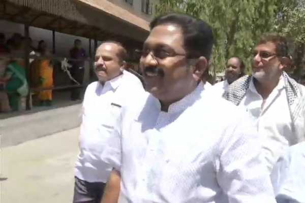thanga-tamil-selvan-will-be-removed-from-party-s-responsibilities-ttv-dinakaran