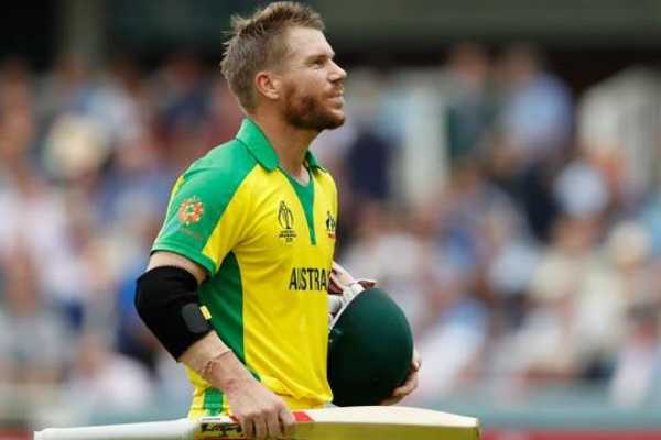david-warner-becomes-1st-batsman-to-reach-500-run-mark-in-world-cup-2019