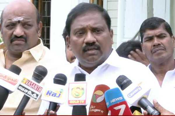 karate-r-thiagarajan-suspended-from-party