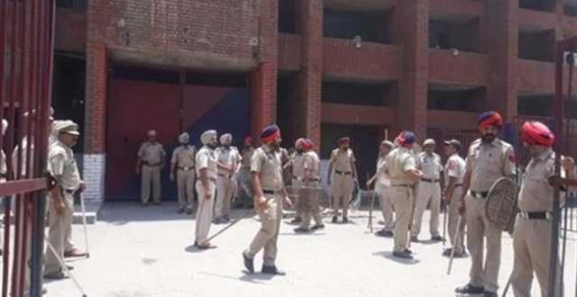 1-killed-35-hurt-in-clash-at-ludhiana-central-jail