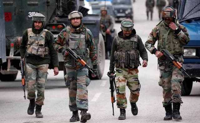 man-injured-as-militants-open-fire-in-pulwama