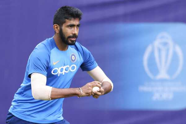 shankar-hoping-not-to-be-stumped-by-toe-injury-after-bumrah-yorker