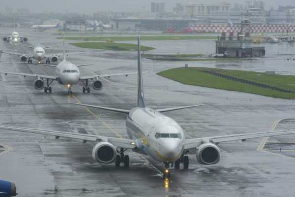 54-flights-diverted-52-cancelled-at-mumbai-s-chhatrapati-shivaji-maharaj-international-airport