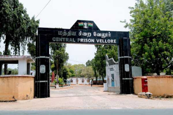 prisoner-escaped-from-vellore-jail