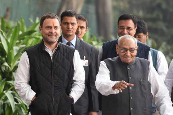 motilal-vora-announced-congress-interim-president
