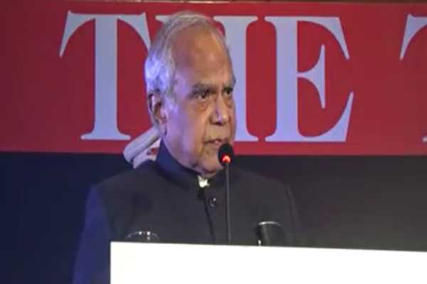 to-be-encouraged-social-workers-governor-banwarilal-purohit