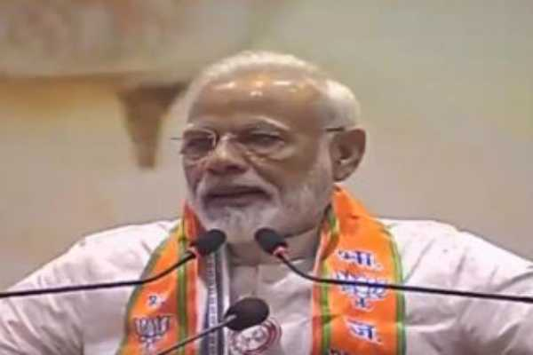 pm-launches-membership-drive-in-varanasi