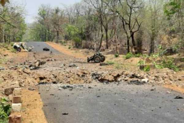 ncp-leader-held-in-gadchiroli-naxal-attack-to-be-sacked-by-party