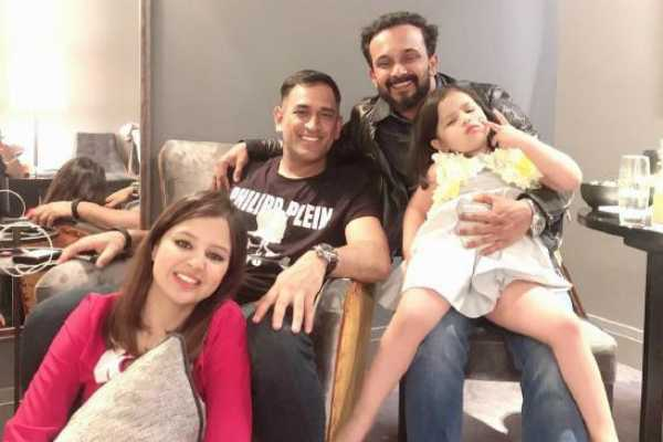 ms-dhoni-celebrates-38th-birthday-with-friends-and-family-in-leeds-after-india-s-win-over-sri-lanka