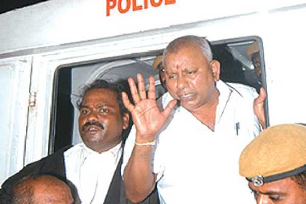 saravana-bhavan-owner-rajagopal-surrendered-in-police