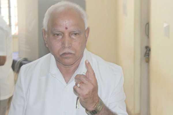 karnataka-crisis-yeddyurappa-meets-governor