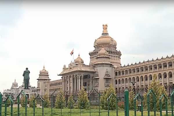 karnataka-crisis-two-more-congress-mlas-resigns-his-mla-post