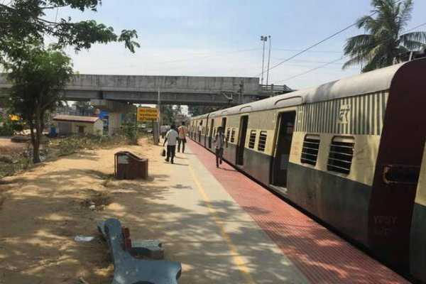 electric-trains-cancelled-in-chennai
