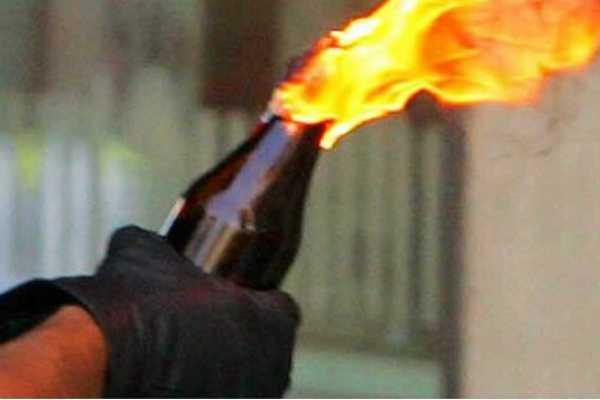 pudukottai-petrol-bomb-in-bjp-executive-house