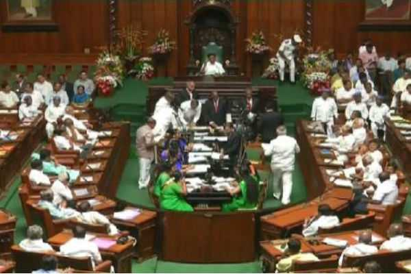 karnataka-bjp-urges-to-prove-majority