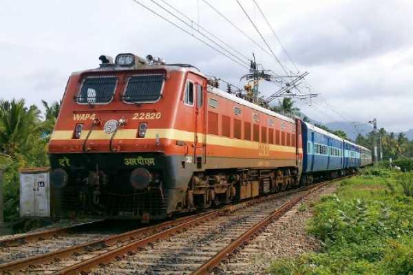 velankanni-pantara-maharashtra-the-special-tariff-train