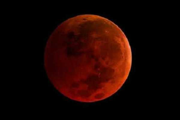 lunar-eclipse-eat-food-just-look-with-the-eyes