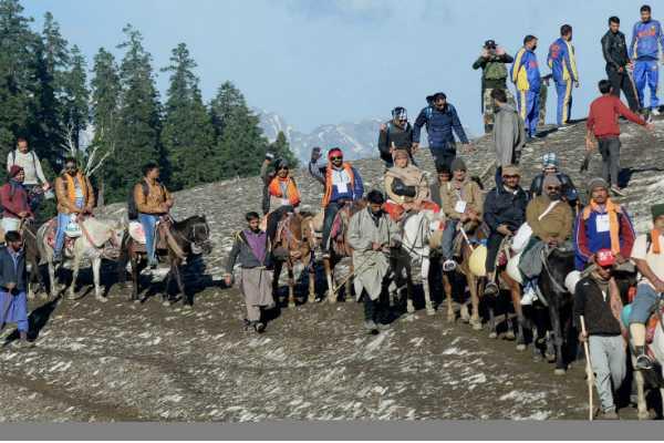 over-1-90-lakh-pilgrims-undertake-amarnath-yatra-in-15-days