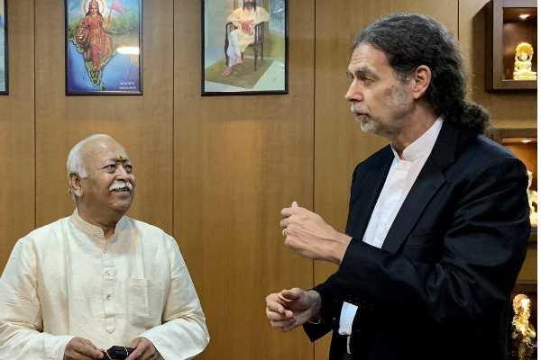 germany-s-ambassador-to-india-walter-j-lindner-met-rashtriya-swayamsevak-sangh-rss-chief-mohan-bhagwat-at-rss-headquarters-in-nagpur