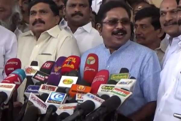 the-aiadmk-is-compatible-with-the-central-government-to-save-the-regime-dtv-dinakaran