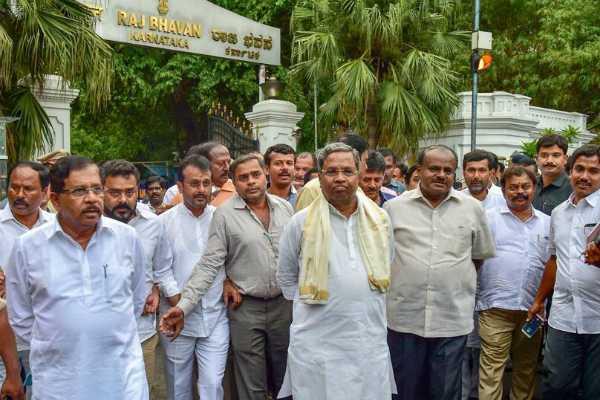 karnataka-speaker-sent-summon-to-rebel-mlas