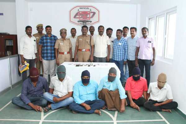 coimbatore-gang-arrested-for-robbing-rs-13-lakh