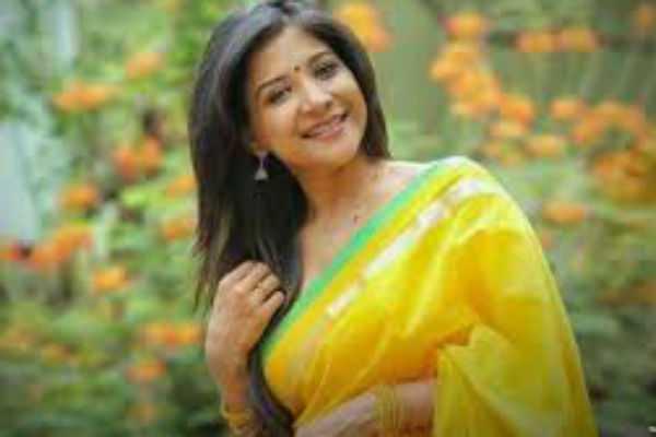 bigg-boss-sakshi-already-married