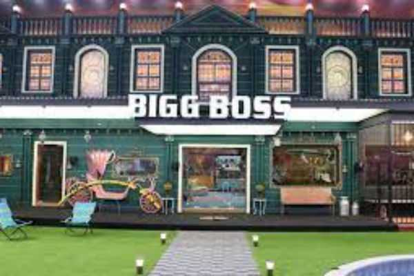 police-investigating-bigg-boss-meera-mithun