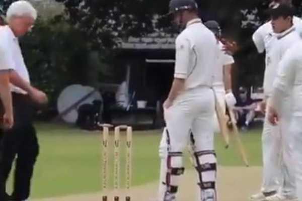 sachin-tendulkar-posts-bizarre-cricket-incident-sends-twitterati-into-frenzy