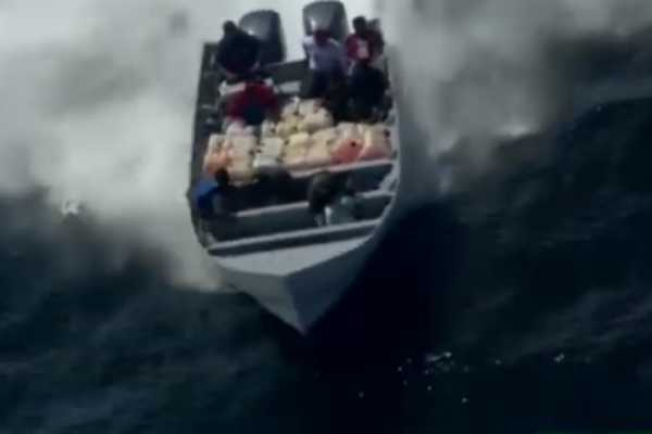 11-000-kg-of-cochrane-confiscated-in-pacific-ocean