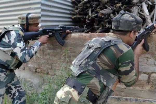 attack-on-kashmir-indian-soliders-two-pak-soliders-killed