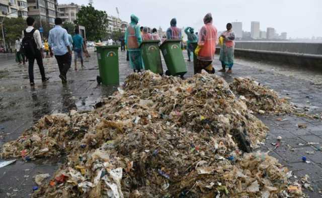 150-metric-ton-garbage-at-mumbai-sea-shore