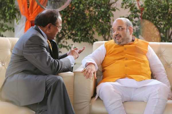 amit-shah-meets-nsa-ajit-doval-amid-tension-over-kashmir