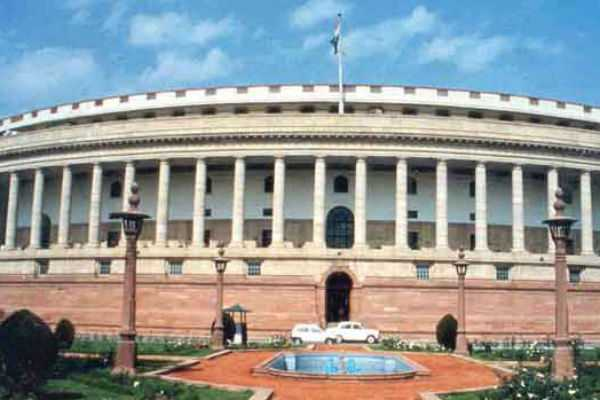 congress-mps-have-given-adjournment-motion-notice-over-kashmir-issue