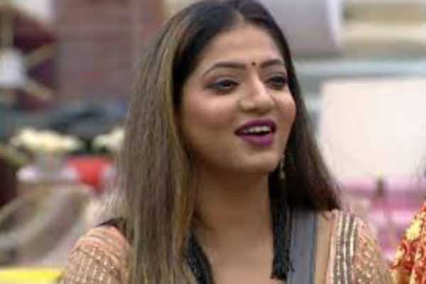 video-released-by-bigg-boss-reshma