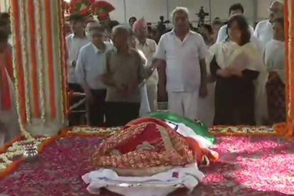 sushma-swaraj-final-ceremony-at-delhi