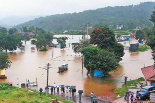 karnataka-union-minister-nirmala-analyzes-flood-impacts