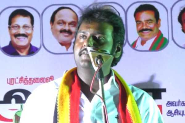 vijayakant-meets-people-at-the-right-time