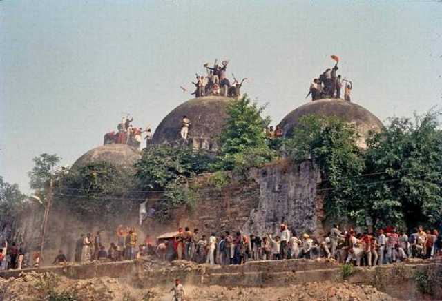 sc-orderd-to-ramlalla-to-submit-evidence-about-ram-mandir